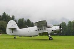 Dubbel Dek - ModelBiplane - Vliegtuigen Stock Foto