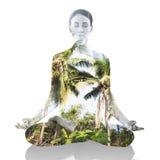 Dubbel exponering av att meditera för kvinna Arkivbilder