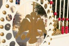 Dubbel-geleide adelaarsdecoratie Stock Foto