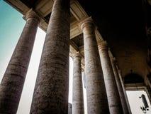 Dubbel kolonnad för klassiker Arkivfoto