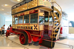 Dubbeldäckarebuss Arkivfoton