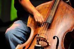 Dubbele basspeler - Klassieke Jazz stock afbeelding