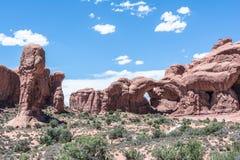 Dubbele Boog in het Nationale Park van Bogen, Utah Stock Afbeeldingen