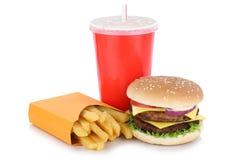 Dubbele cheeseburgerhamburger en van het gebraden gerechtenmenu geïsoleerde maaltijddrank Stock Foto's