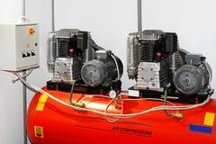 Dubbele luchtcompressor royalty-vrije stock afbeelding