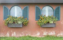 Dubbelt fönster Arkivfoton