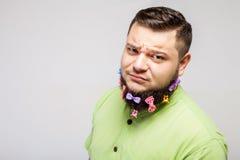 Dubbio dell'uomo con le clip di capelli fotografia stock libera da diritti