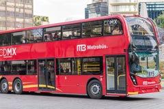 Dubbla Decker Metrobus - Mexico - stad Arkivbilder