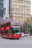 Dubbla Decker Metrobus - Mexico - stad Royaltyfria Foton
