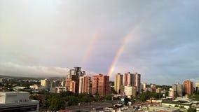 dubbla regnbågar royaltyfria foton