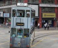 Dubblett-d?ck sp?rvagn i Hong Kong arkivbilder