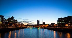 Dublín en la puesta del sol Foto de archivo