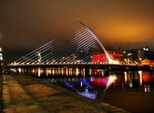 Dublin bij Nacht royalty-vrije stock afbeelding