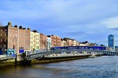 Dublin Halpenny Bridge, Irlanda imagem de stock