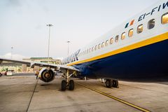 Ryanair Boeing 737-800 airplane in Dublin Airport Royalty Free Stock Photos