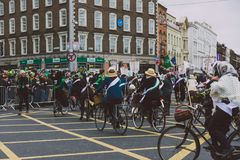 Performers and crowd participating in the 2018 Saint Patrick`s p Stock Photos