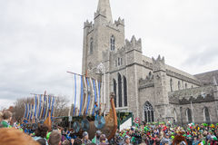 DUBLIN, IRLAND - 17. MÄRZ: St Patrick Tagesparade in Dublin Lizenzfreie Stockfotografie