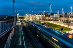 """Dublin, Irlanda †do """"cubo novo do transporte de Dublin's janeiro de 2019 para o bonde, o trem e o ônibus em Broombridge fotos de stock"""