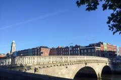 Dublin most podczas lata Zdjęcia Royalty Free