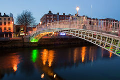 Dublin-Nacht Lizenzfreie Stockfotos