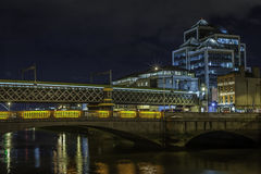 Dublin stadsmitt på natten Arkivfoto