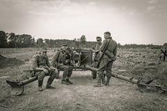 DUBOSEKOVO Moskwa oblast festiwalu słupa BOYA pole bitwy, 7-9 AUG 2015 odbudowa bitwa 1941-1945 fotografia stock