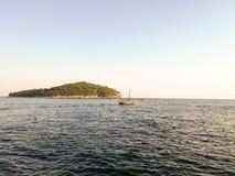 Dubrovnik ö av Lokrum Arkivfoton