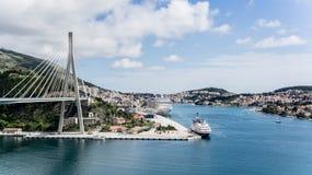 Dubrovnik, Κροατία - 2 Μαΐου 2014: Γέφυρα Tudman Franjo στην είσοδο της πόλης Dubrovnik Στοκ Φωτογραφίες