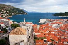 Dubrovnik auf dem adriatischen Meer in Kroatien Stockfoto