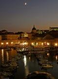 Dubrovnik bis zum Nacht lizenzfreies stockbild
