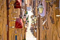 Dubrovnik brant smal gatasikt royaltyfria foton