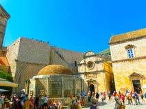 Dubrovnik Chorwacja, Czerwiec, - 07, 2015: Widok na starym miasteczku i ulicie Zdjęcie Stock
