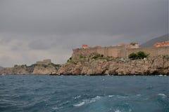 Dubrovnik Chorwacja miasta ściany w chmurnej pogodzie fotografia royalty free
