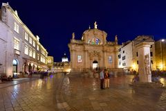 DUBROVNIK, CROÁCIA - cidade velha de Dubrovnik imagens de stock