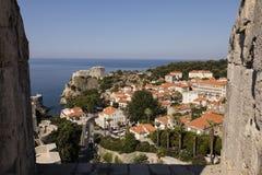 Dubrovnik, Croácia, o 20 de julho de 2017: Vista excitante do Dubvronik moderno Imagem de Stock Royalty Free