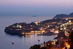 Dubrovnik en la puesta del sol, Croatia Fotos de archivo libres de regalías