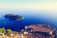 Dubrovnik gammal stad i Kroatien, flyg- sikt Arkivbilder