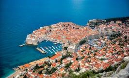 Dubrovnik-Hafen von oben stockfotografie