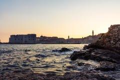 Dubrovnik Kroatië tijdens Zonsondergangmening over Oude Stadscityscape Bea Royalty-vrije Stock Afbeelding