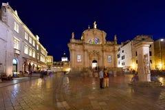 DUBROVNIK KROATIEN - Dubrovnik gammal stad arkivbilder