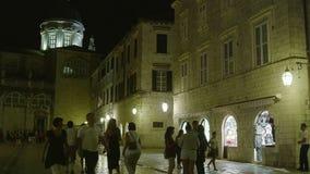 Dubrovnik oude 's nachts stad stock videobeelden