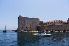 Dubrovnik - pärlan av den Adriatiska havet kusten Arkivbild