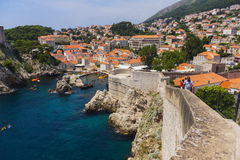 Dubrovnik - pärlan av den Adriatiska havet kusten Royaltyfria Bilder