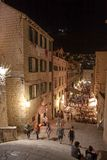 Dubrovnik por noche Fotos de archivo libres de regalías