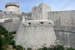 Dubrovnik stadsväggar Arkivbild