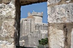 Dubrovnik - stadsväggar Arkivfoton
