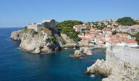 Dubrovnik-Stadtmauer u. Fort Lovrijenac Stockbild