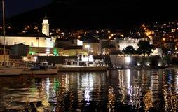 Dubrovnik w noc, Chorwacja zdjęcia stock
