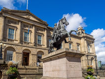 Duca di Wellington Statue a Edimburgo fotografie stock