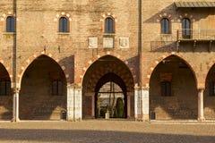 Ducal pałac fasada w mieście mantua Zdjęcie Royalty Free